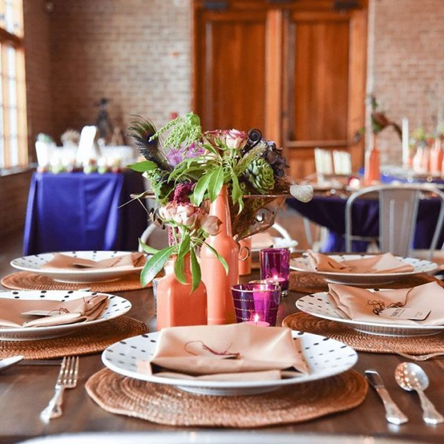 What is your favorite detail in this gorgeous tablescape? Lethellip