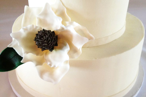 Beaufort Bride - Beautiful Wedding Cakes | Brown Sugar Custom Cakes - http://lowcountrybride.com