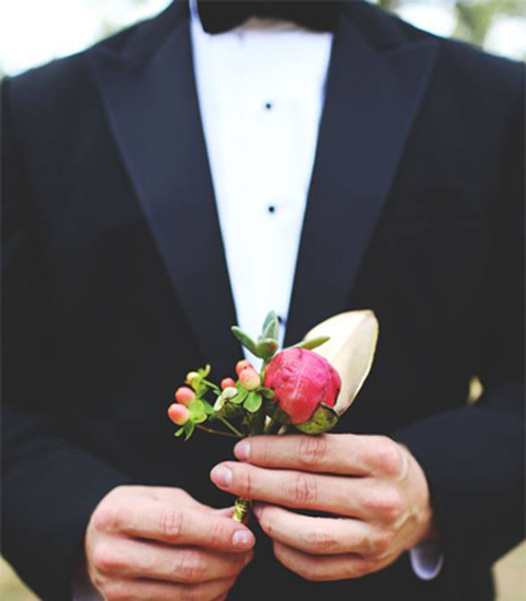 Handsome Boutonnieres | Lowcountry Bride