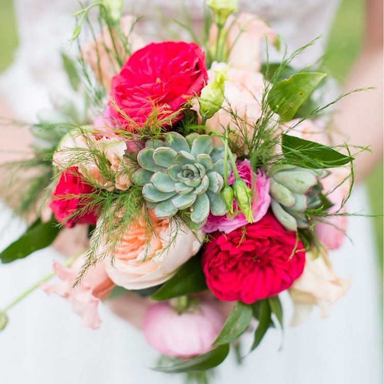 Pretty Bouquet Florals   Lowcountry Bride