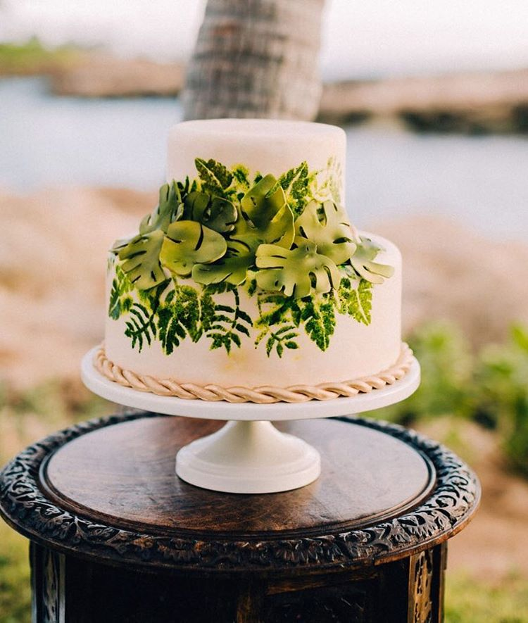 Floral Wedding Cakes | Lowcountry Bride